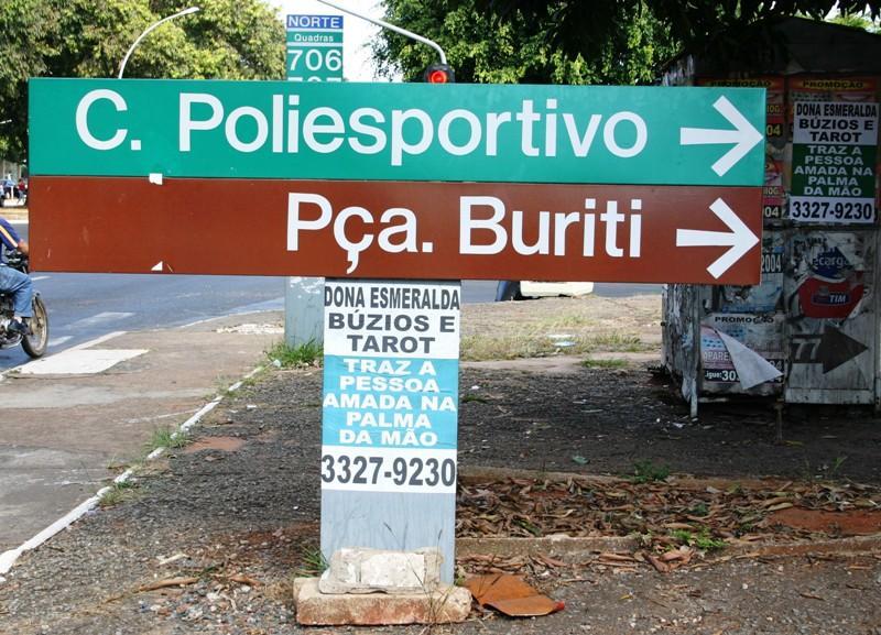 Depredação do patrimônio público na Capital da República - foto acn de 6.7.2011
